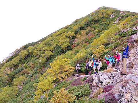山の学校「槍ヶ岳/紅葉の稜線」